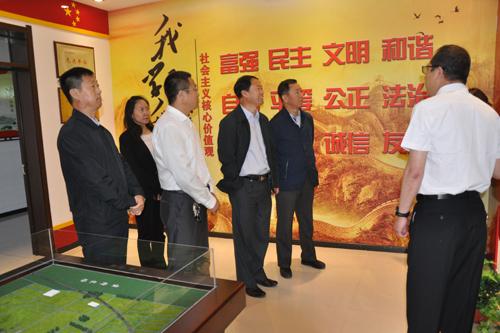 黑龙江省农垦总局关工委调研组到二道河农场调研