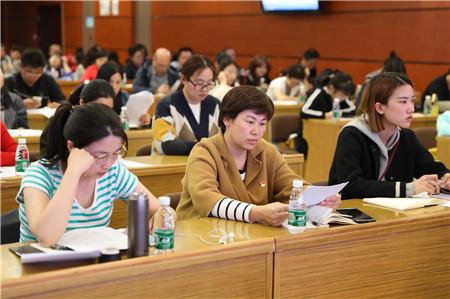 """北京市通州区开展""""未成年人思想道德建设创新案例""""撰写讲座"""