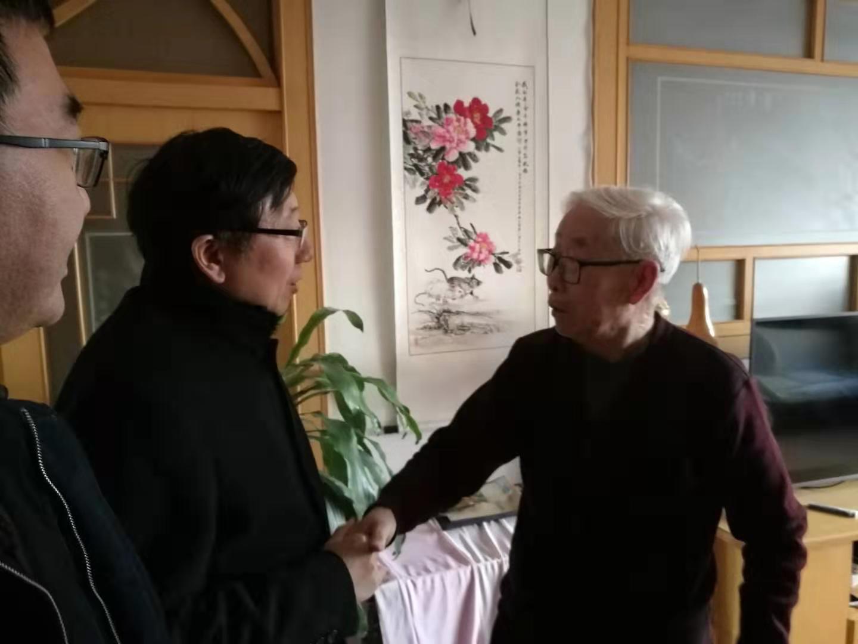 滦州市关工委慰问优秀五老代表