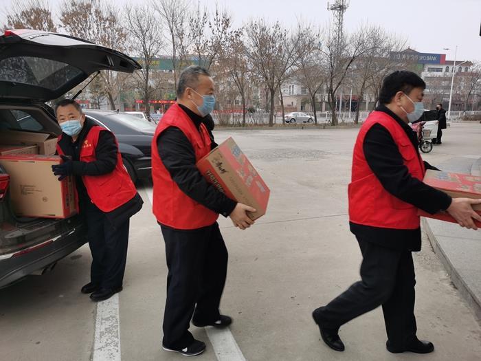 东营市垦利区五老志愿者协会献爱心送温暖在行动